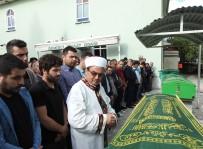 MEHMET ÖZER - İzmir'deki Feci Kazada Hayatını Kaybedenler Son Yolculuklarına Uğurlandı