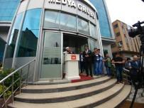 YENI AKIT GAZETESI - Kadir Demirel İçin Akit Medya Grubunda Tören Düzenlendi