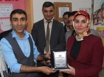 Ağrı'da Öğrencilerden Yıl Sonu Resim Sergisi