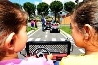 TRAFİK EĞİTİM PARKI - Minik Sürücülere Trafik Eğitimi