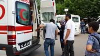 DEMOKRASİ PARKI - Otomobil İle Motosiklet Çarpıştı Açıklaması 1 Yaralı