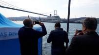KIYI EMNİYETİ - Türk Akımı İçin Gelen Dev Gemi, İstanbul Boğazı'ndan Geçti