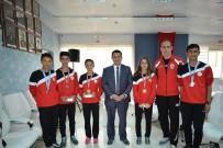 ORÇUN - Atletizmde Dereceye Giren Sporculara Madalyaları Takdim Edildi