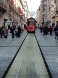 İSTİKLAL CADDESİ - Beyoğlu'nun Simgesi Tarihi Tramvay Yenileniyor