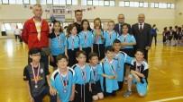 Burhaniye'de Geleneksel Çocuk Oyanları Şenliği Yapıldı