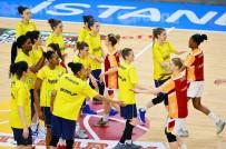 KADIN BASKETBOL TAKIMI - Galatasaray, Kadın Basketbolda Fenerbahçe'yi 1 Kez Yenebildi