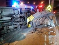 OKMEYDANı - Okmeydanı'nda Trafik Kazası Açıklaması 2 Yaralı
