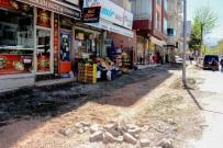 KALDIRIMLAR - Tevfik Temelli Caddesinde Değişim-Dönüşüm Ve Yenileme Çalışmalarına Başlandı