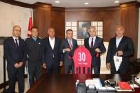Yüksekova Belediyespor Yöneticilerinden Vali Toprak'a Ziyaret