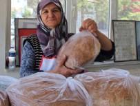 KATKI MADDESİ - 70'lik nine 'ekmek teknesi' ile örnek oluyor