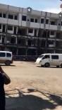 YIKIM ÇALIŞMALARI - Cizre'de Yıkım Çalışması Yapılan Otel Binası Çöktü