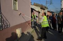 İBRAHIM PAŞA - Ellerine Fırça Alan Protokol Mensupları Binaları Boyadı