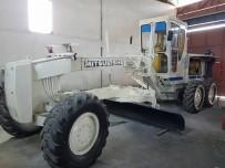 İŞ MAKİNASI - Pazaryeri Belediyesi'ne Ait İş Makinesi Bakıma Girdi