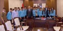 Türkiye Şampiyonu Ekipten Vali Toprak'a Ziyaret