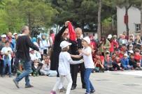 ÜMİT HÜSEYİN GÜNEY - Ünye'de '23 Nisan Çocuk Oyunları Şenliği'