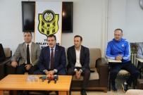 MUSTAFA TOPRAK - Bakan Tüfenkci'den Yeni Malatyaspor'a Moral Ziyareti