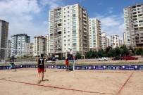VOLEYBOL TAKIMI - Okullar Arası Gençler Plaj Voleybolu İlk Kez Kayseri'de