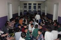 Taşlıçay Kaymakamı Yatılı Okulu Ziyaret Etti