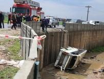İşçileri taşıyan midibüs devrildi: 15 yaralı