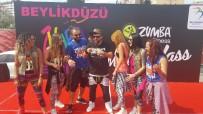 BEYLIKDÜZÜ BELEDIYESI - Beylikdüzü Zumba Festivali Başladı