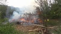 Evinde Çıkan Yangında Alevlerin Arasında Kalan Yaşlı Adam Öldü