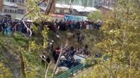 Hakkari'de Park Halindeki Araç Uçuruma Yuvarlandı