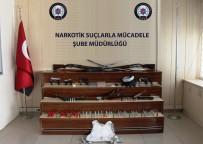KAPSAM DIŞI - 10 Adrese 200 Polisle Operasyon Açıklaması 12 Gözaltı