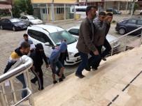 HIRSIZLIK ZANLISI - 4 Kafadar Hırsız 3 Saatte Yakalandı