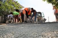 RUMELI - Başiskele'de Sokaklar Parke Taşlarıyla Kaplanıyor