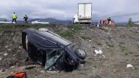 Erzincan'da Trafik Kazası Açıklaması 2 Ölü, 3 Yaralı