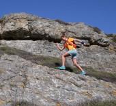 BELGESEL FİLM - Everest  Maratonu'na Katılacak İlk Türk