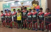 Minikler Futbol Turnuvasında Kupayı Alpaslan Ortaokulu Kazandı