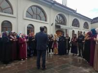 GAZIOSMANPAŞA ÜNIVERSITESI - Reşadiye'de Üniversite Öğrencileri Umre'ye Gönderildi