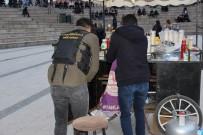 RUHSATSIZ SİLAH - Sivas'taki Narkotik Uygulamasında 'Hayalet Silah' Ele Geçirildi