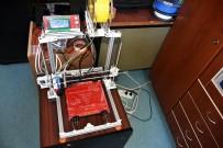 MUSTAFA YıLDıZ - Tosya'da Öğrenciler 3D Yazıcı Yaptı