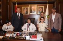 KADıOĞLU - Başkan Sözlü, Makam Koltuğunu Engelli Çocuklara Bıraktı