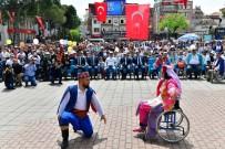 ENGELLİ GENÇ - Engelliler Tekerlekli Sandalye İle Zeybek Oynadı
