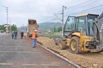 KALDIRIMLAR - Gölbaşı Belediyesinden Çevre Düzenlemesi