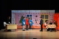 TÜRKÇE ÖĞRETMENI - Ortaokul Öğrencilerinden Tiyatro Gösterisi