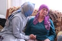 FATMA BETÜL SAYAN KAYA - Bakan Kaya'dan şehit Yarbay Songül Yakut'un ailesine ziyaret