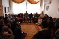 DENIZ KUVVETLERI KOMUTANı - Genelkurmay Başkanı Akar'dan Şehit Tümgeneral Aydın'ın Ailesine Taziye Ziyareti