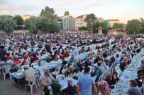 İSMAİL KAŞDEMİR - Hacı İbrahim Bodur Anısına Verilen İftar Yemeğine 13 Bin Kişi Katıldı