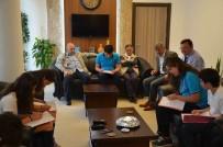 SOSYAL BILGILER - Öğrenciler Başkan Ceylan İle Röportaj Yaptı