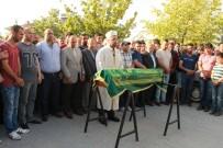 Vahşice Öldürülen Minik Eylül Gözyaşlarıyla Son Yolculuğuna Uğurlandı