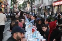 ALMANLAR - Almanya'da Bin 500 Kişilik İftar