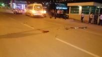 Motosiklet Minibüse Arkadan Çarptı Açıklaması 1 Ölü,1 Yaralı