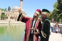 MEHMET GÜLER - Şanlıurfa'ya Ulaşan Otostopçular Yöresel Kıyafetlere Hayran Kaldı