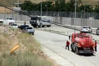 DICLE ÜNIVERSITESI - Kozluk'taki saldırıda kullanılan aracın şoförü elleri bağlı bulundu