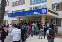 GİRİŞ BELGESİ - Tokat'ta 11 Bin 749 Öğrenci Bursluluk Sınavına Girdi