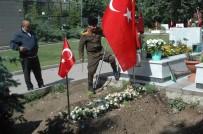 KAYMAKÇı - Tümgeneral Aydın'ın Mezarına Memleket Toprağı